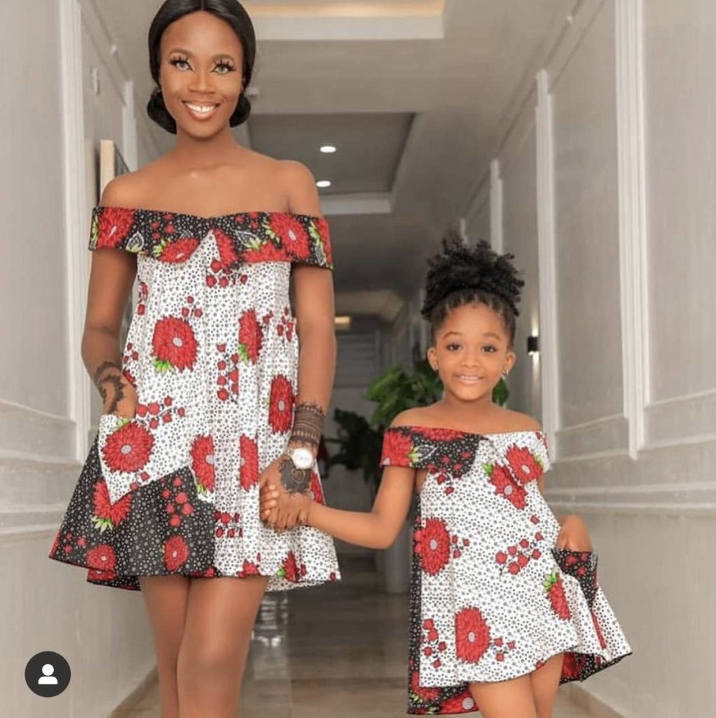 Mother and daughter wear