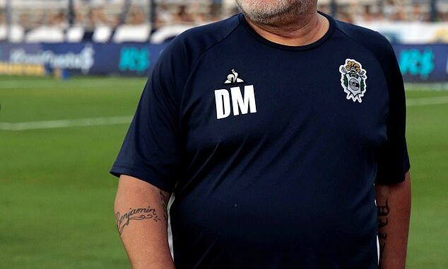 35203046-8910069-Argentine_icon_Diego_Maradona_is_recovering_well_after_being_adm-m-96_1604422845666